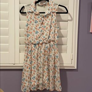 Urban Outfitters Floral dress with lace back